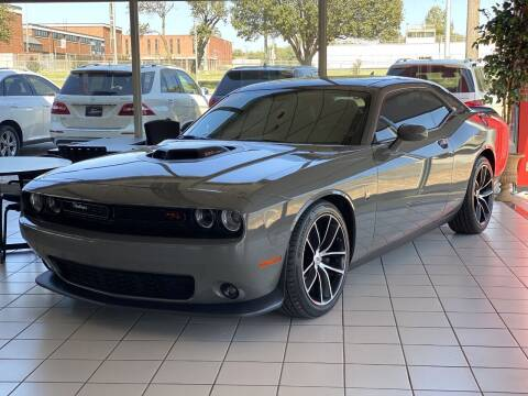 2017 Dodge Challenger for sale at Auto Solutions in Warr Acres OK