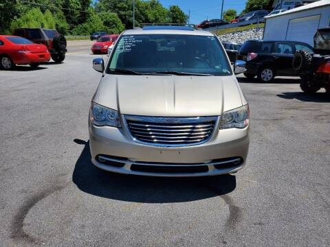 2014 Chrysler Town and Country for sale at DISCOUNT AUTO SALES in Johnson City TN