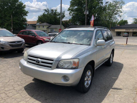 2006 Toyota Highlander for sale at Neals Auto Sales in Louisville KY