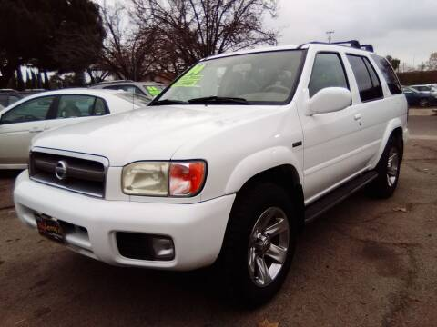 2004 Nissan Pathfinder for sale at Larry's Auto Sales Inc. in Fresno CA