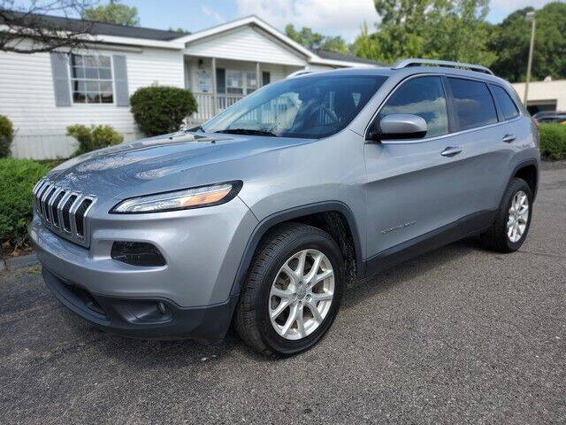 2014 Jeep Cherokee for sale at Paramount Motors in Taylor MI