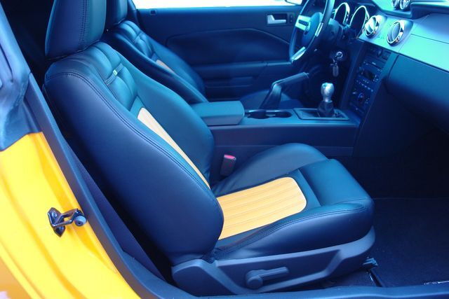 2007 Ford Mustang 51