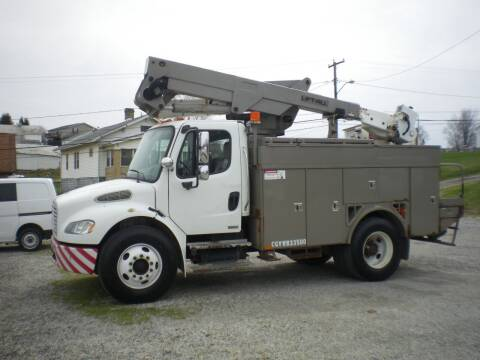 2005 Freightliner M2 106 for sale at Starrs Used Cars Inc in Barnesville OH