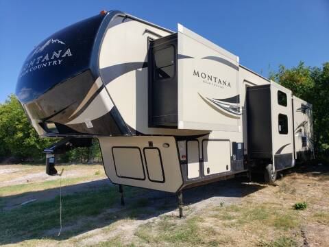 2017 Keystone Montana high country HM370BR for sale at Ultimate RV in White Settlement TX
