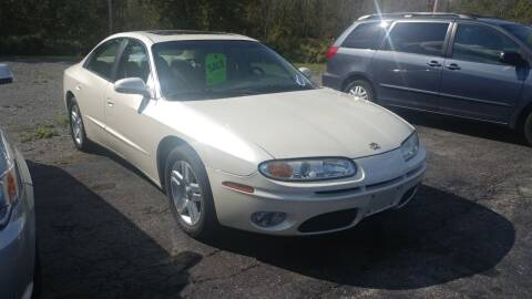 2001 Oldsmobile Aurora for sale at Pool Auto Sales Inc in Spencerport NY