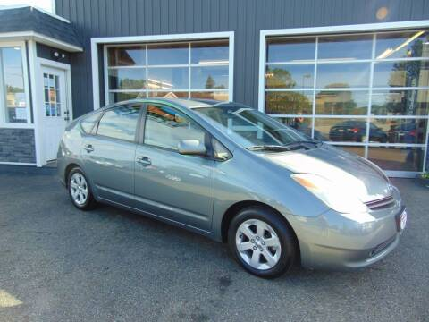 2004 Toyota Prius for sale at Akron Auto Sales in Akron OH