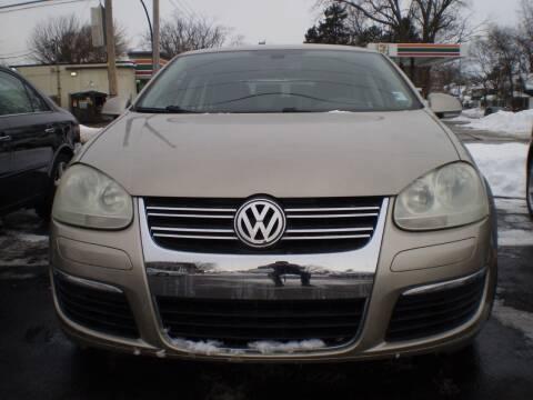 2005 Volkswagen Jetta for sale at Toledo Auto Finance Center in Toledo OH
