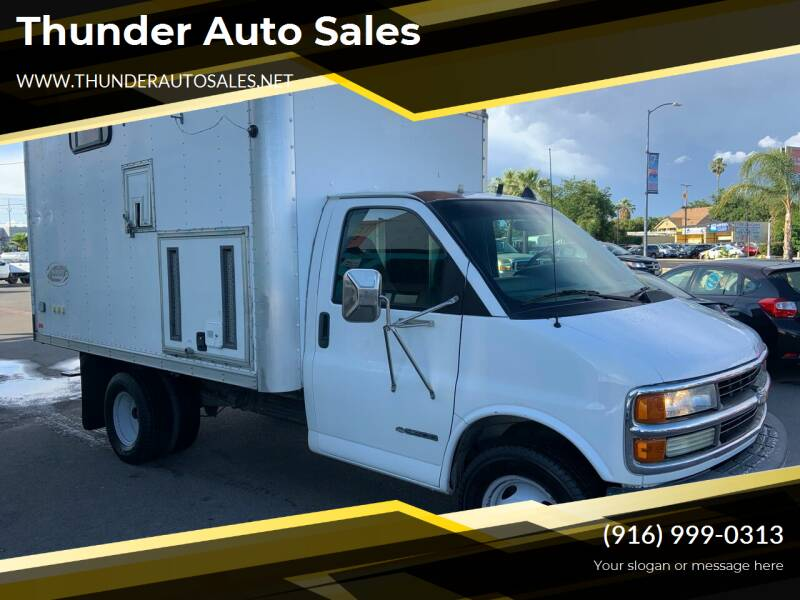 2002 Chevrolet Express Cutaway for sale at Thunder Auto Sales in Sacramento CA