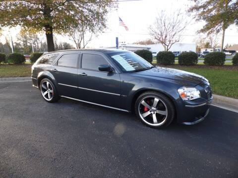 2007 Dodge Magnum for sale at Carolina Classics & More in Thomasville NC