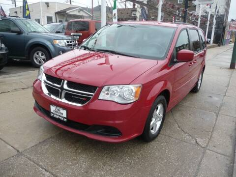 2013 Dodge Grand Caravan for sale at Car Center in Chicago IL