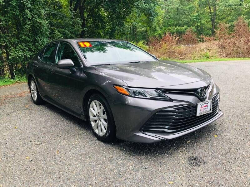 2019 Toyota Camry for sale at 4Auto Sales, Inc. in Fredericksburg VA