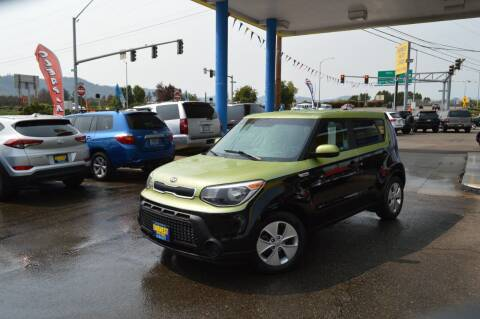 2016 Kia Soul for sale at Earnest Auto Sales in Roseburg OR