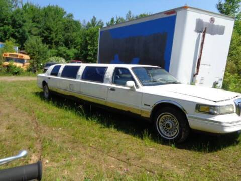 1996 Lincoln Town Car for sale at Classic Car Deals in Cadillac MI