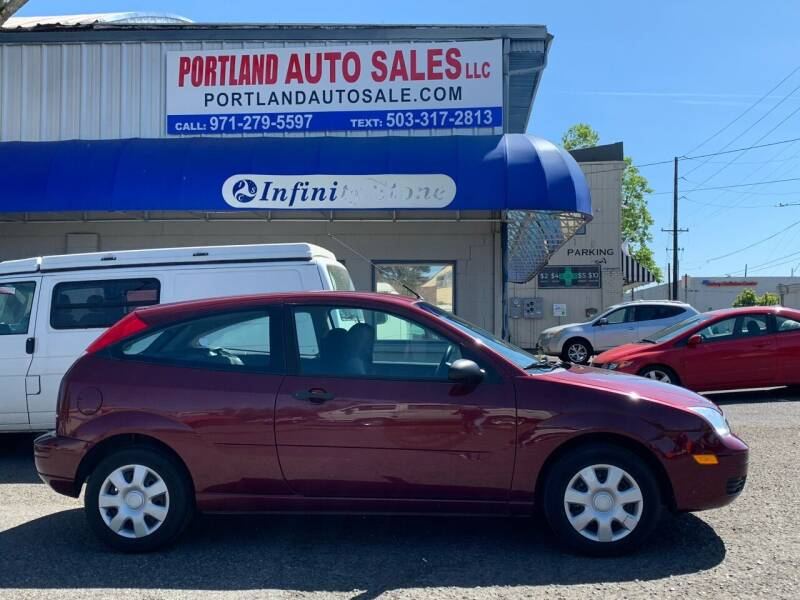 2007 Ford Focus for sale at PORTLAND AUTO SALES LLC. in Portland OR