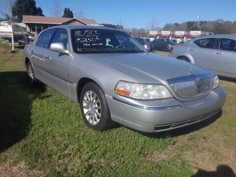 2007 Lincoln Town Car for sale at CARZ4YOU.com in Robertsdale AL