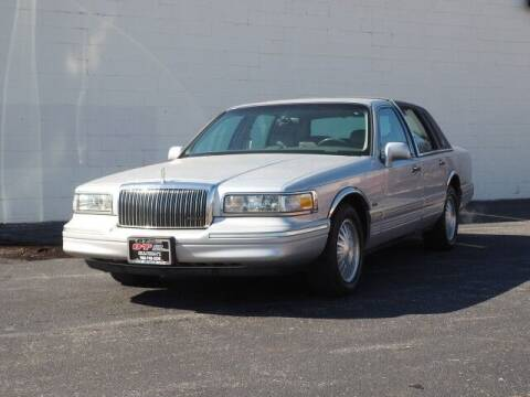 1997 Lincoln Town Car for sale at O T AUTO SALES in Chicago Heights IL