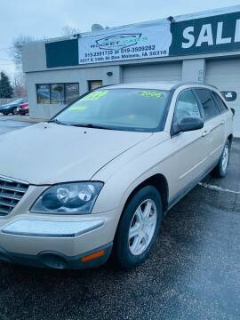 2005 Chrysler Pacifica for sale at Rocket Cars Auto Sales LLC in Des Moines IA