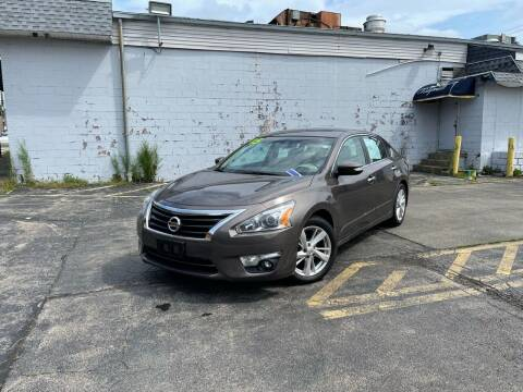2015 Nissan Altima for sale at Santa Motors Inc in Rochester NY