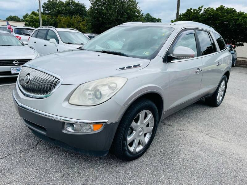 2008 Buick Enclave for sale at VENTURE MOTOR SPORTS in Virginia Beach VA