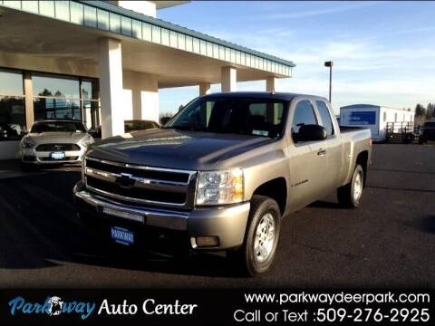2009 Chevrolet Silverado 1500 for sale at PARKWAY AUTO CENTER AND RV in Deer Park WA