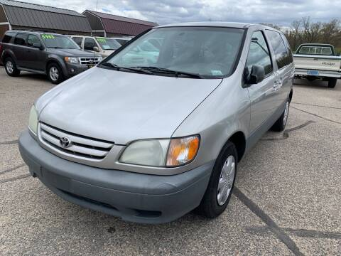 2001 Toyota Sienna for sale at 51 Auto Sales in Portage WI