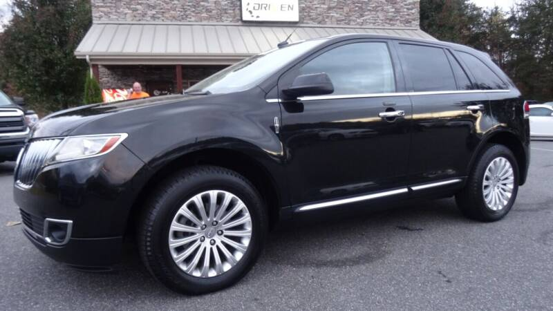 2013 Lincoln MKX for sale at Driven Pre-Owned in Lenoir NC