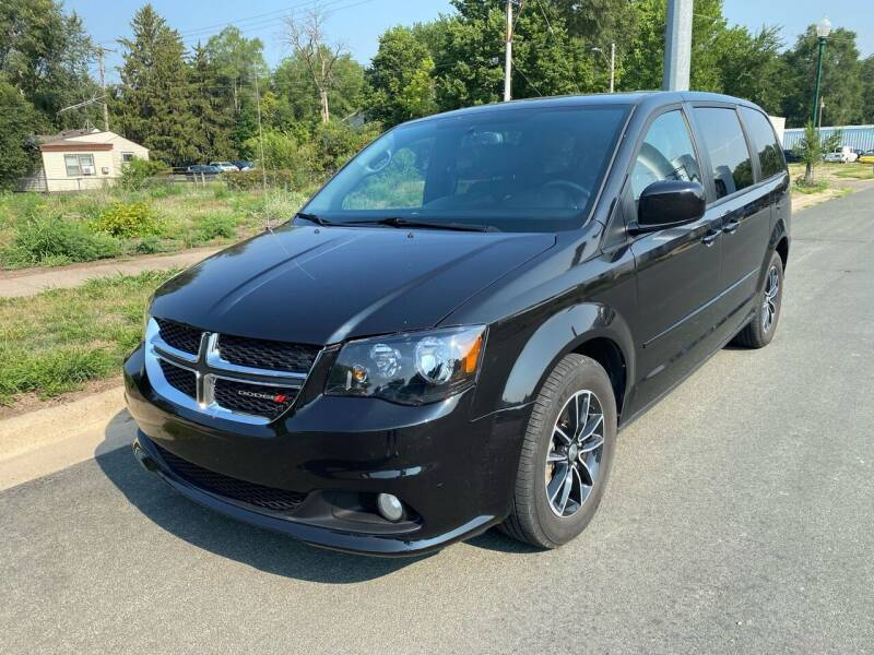2017 Dodge Grand Caravan for sale in Farmington, MN