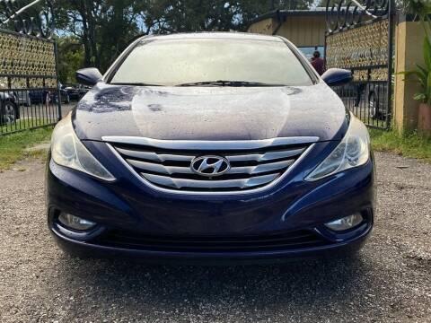 2013 Hyundai Sonata for sale at Pioneers Auto Broker in Tampa FL
