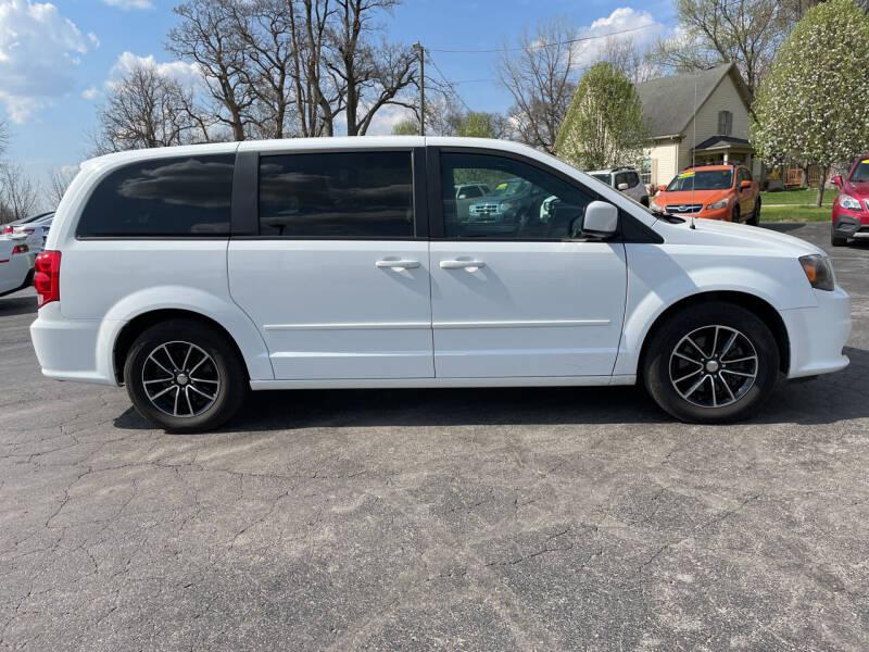 2017 Dodge Grand Caravan for sale at Westview Motors in Hillsboro OH