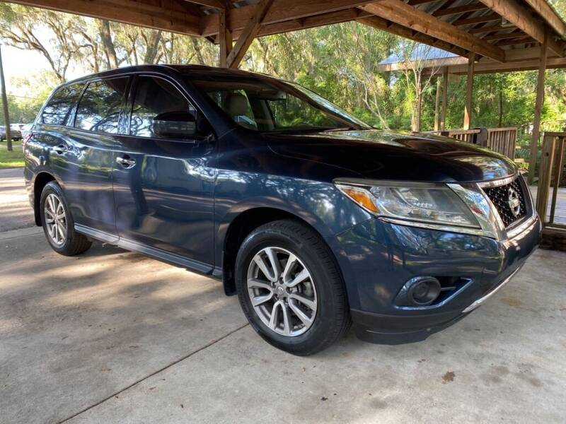 2014 Nissan Pathfinder for sale at Right Price Auto Sales-Gainesville in Gainesville FL