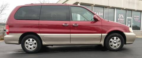 2003 Kia Sedona for sale at Hilltop Auto in Clare MI