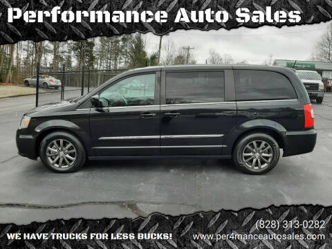 2015 Chrysler Town and Country for sale at Performance Auto Sales in Hickory NC