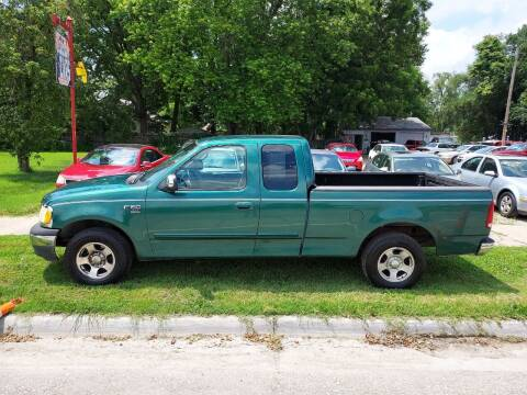 2000 Ford F-150 for sale at D & D Auto Sales in Topeka KS
