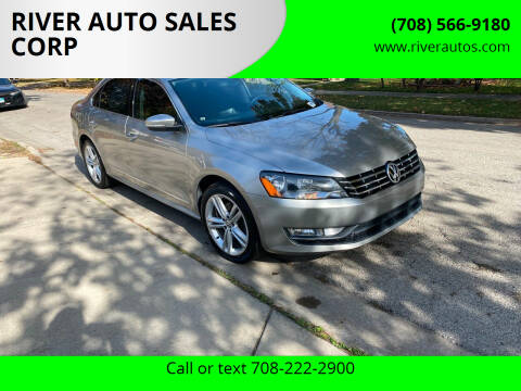 2014 Volkswagen Passat for sale at RIVER AUTO SALES CORP in Maywood IL