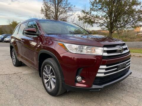 2018 Toyota Highlander for sale at HERSHEY'S AUTO INC. in Monroe NY
