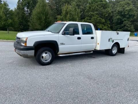 2007 Chevrolet Silverado 3500 CC Classic for sale at GTO United Auto Sales LLC in Lawrenceville GA