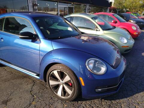 2012 Volkswagen Beetle for sale at Town Motors in Hamilton OH