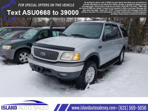 2000 Ford Expedition for sale at Island Auto Sales in E.Patchogue NY