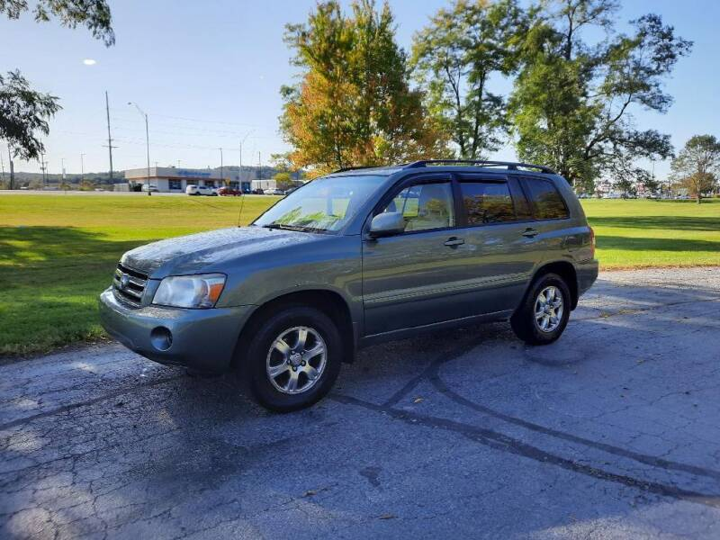 2005 Toyota Highlander for sale at Moundbuilders Motor Group in Heath OH
