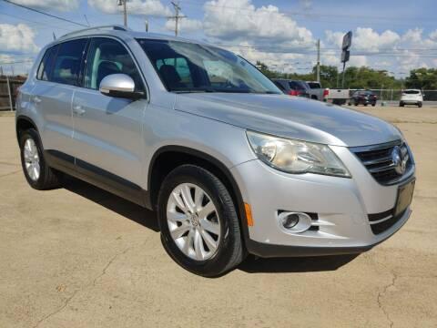 2009 Volkswagen Tiguan for sale at AI MOTORS LLC in Killeen TX