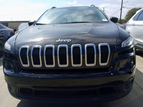 2017 Jeep Cherokee for sale at Auto Haus Imports in Grand Prairie TX
