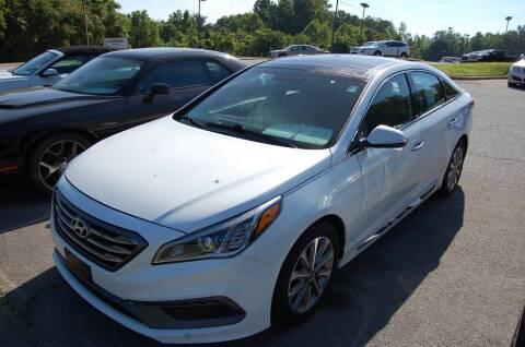 2016 Hyundai Sonata for sale at Modern Motors - Thomasville INC in Thomasville NC