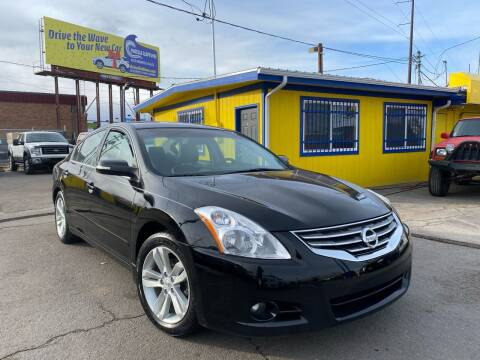 2012 Nissan Altima for sale at New Wave Auto Brokers & Sales in Denver CO