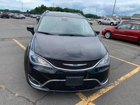 2017 Chrysler Pacifica for sale at Best Cars R Us LLC in Irvington NJ