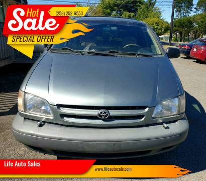 1998 Toyota Sienna for sale at Life Auto Sales in Tacoma WA