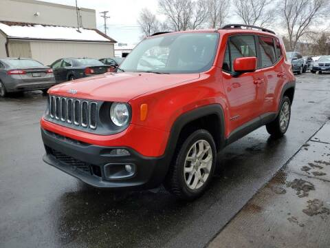 2016 Jeep Renegade for sale at MIDWEST CAR SEARCH in Fridley MN