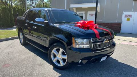 2010 Chevrolet Avalanche for sale at Speedway Motors in Paterson NJ
