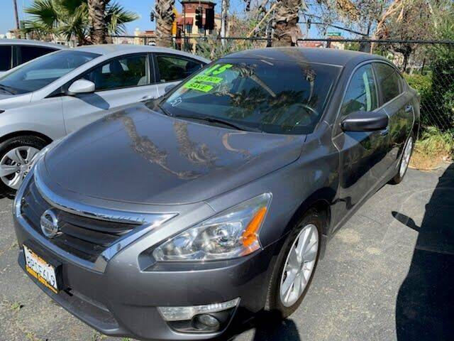 2015 Nissan Altima for sale at Contra Costa Auto Sales in Oakley CA