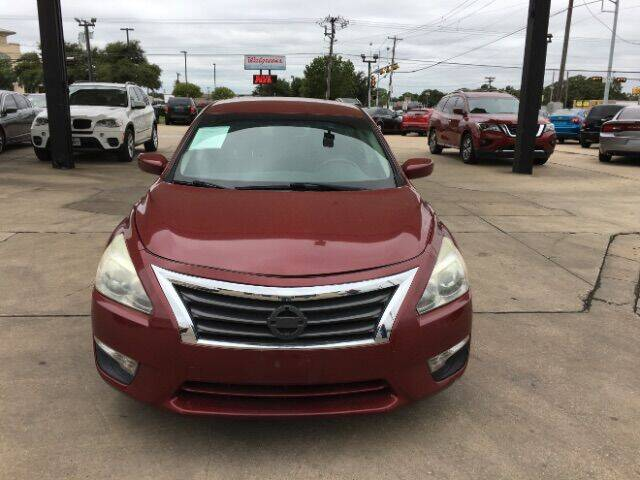 2013 Nissan Altima for sale at Auto Limits in Irving TX