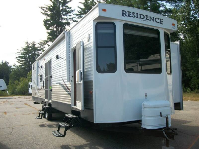 2014 Keystone Residence RE402 for sale at Olde Bay RV in Rochester NH